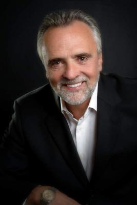 Kinnelon denture dentist, Dr. Robert Logan